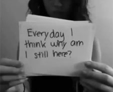 Jovem que se matou porque sofria cyberbullying comove Canadá