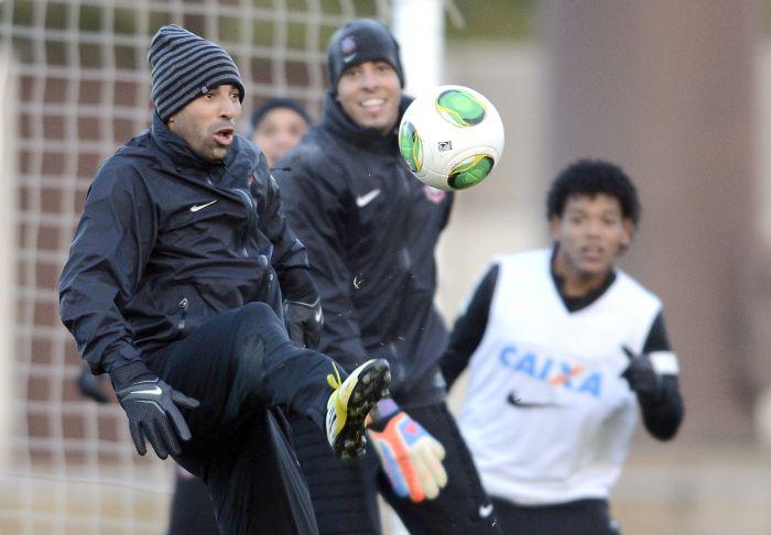 Timão inicia luta pelo bi Mundial contra experiente Al Ahly - Futebol ...
