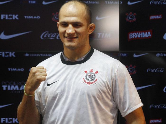 Cigano representa o Brasil em turnê mundial do UFC - Mais ...