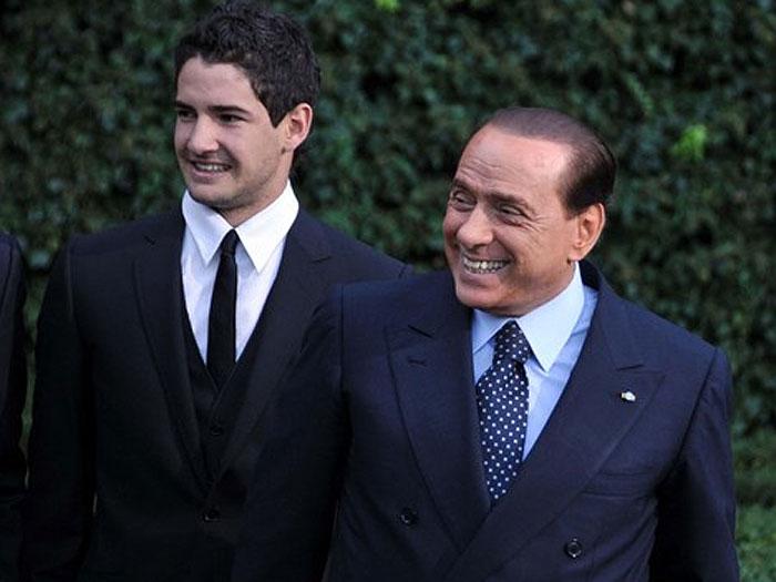 Perto do Timão, Pato voltaria ao Milan em dois anos, diz Berlusconi ...