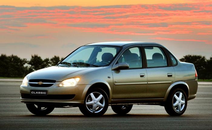 A legislação que obriga todos os carros a terem ABS e airbag de fábrica a partir de 2014 já começou a fazer efeito no mercado — a lei exige um aumento grad...