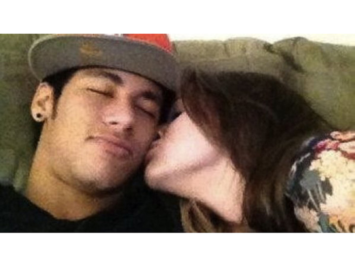 Neymar e Bruna assumiram o namoro durante o carnaval de 2013