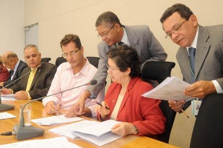 Reunião da Comissão de Economia, Orçamento e Finanças (CEOF) da Câmara Legislativa