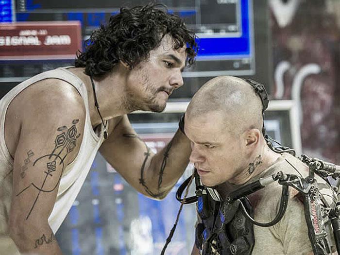 Wagner Moura e Matt Damon em Elysium