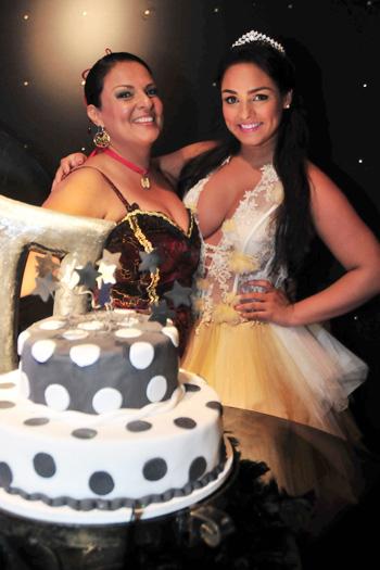 Mulher Melancia festeja seus 23 anos - Foto 2 - Famosos e TV - R7