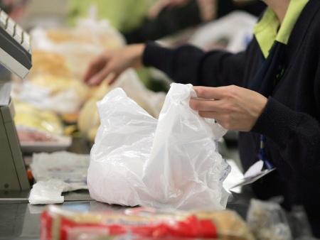 http://i2.r7.com/sacola-plastica-supermercado-hg-20110418.jpg