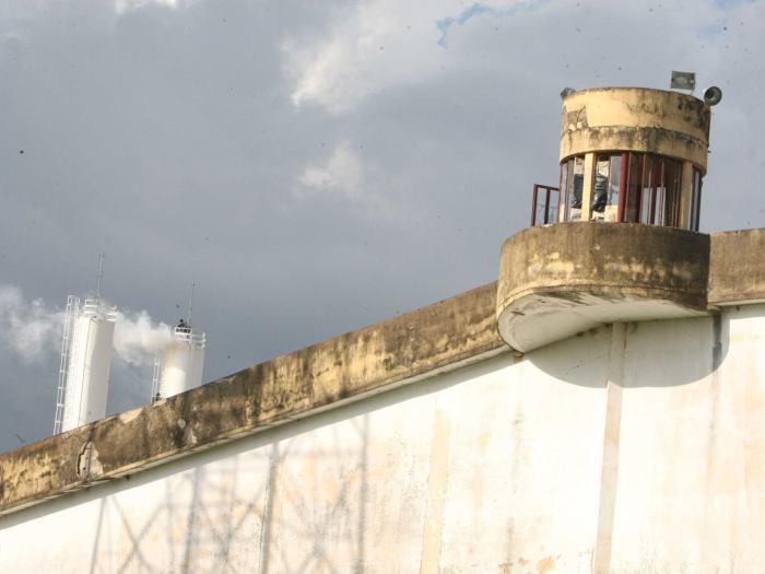 penitenciaria-g-20110426