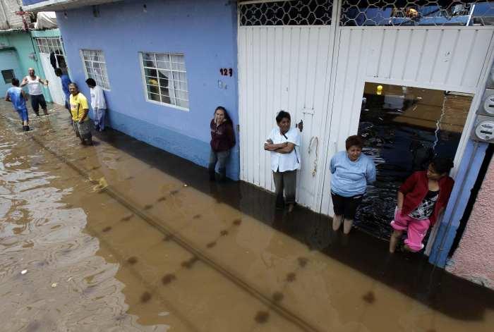 Henry Romero/27.06.2011/Reuters