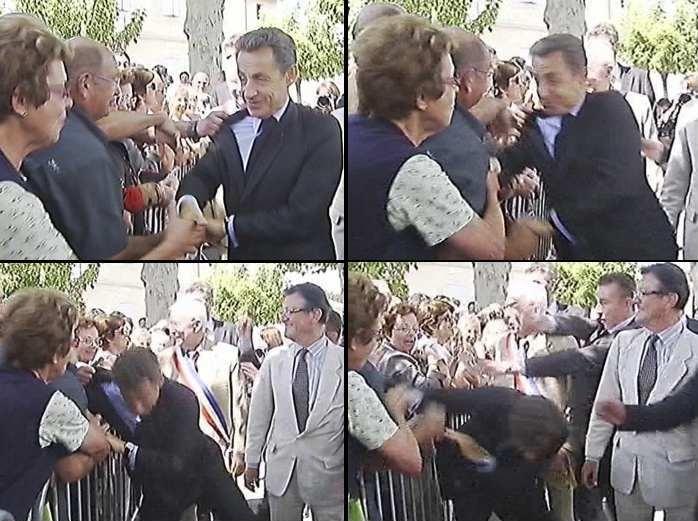 O presidente da França, Nicolas Sarkozy, foi agredido durante uma visita à cidade de Brax, no sul do país, em 30 de junho deste ano. Um homem agarrou o pre...