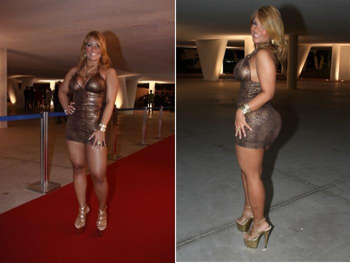 Querendo chamar atenção,Yani de Simone, mais conhecida como Mulher Filé, investiu nos excessos, com um look prateado e sandálias de plataforma. Vote!