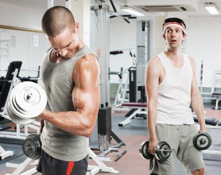Quem sofre de artrite também pode e deve praticar exercícios físicos