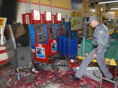 ataque-caixa-eletrônico-450x338-20110905