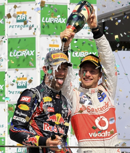Mark Webber vence o GP do Brasil, e Red Bull confirma domínio da ...