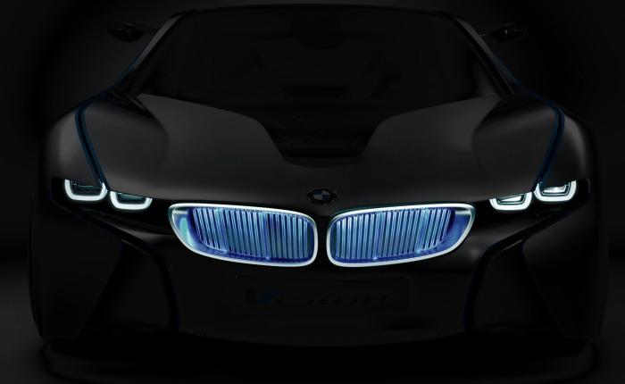 A frente agressiva não deixa dúvidas quanto à vocação esportiva do modelo. Apesar de ser um carro ecológico, este BMW poderia - segundo a montadora - ir de...