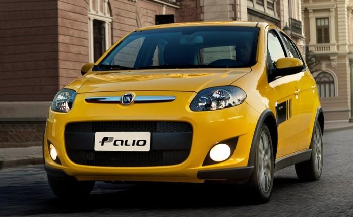 Fiat Palio - Com poucos dias de vendas em novembro, a nova geração do compacto da Fiat ainda não conseguiu mostrar a que veio, mas ajudou a elevar a moral ...