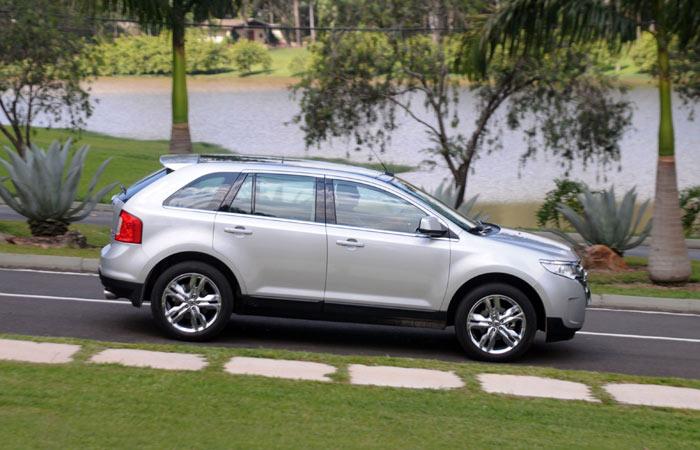 ford-edge-2-g-20111206