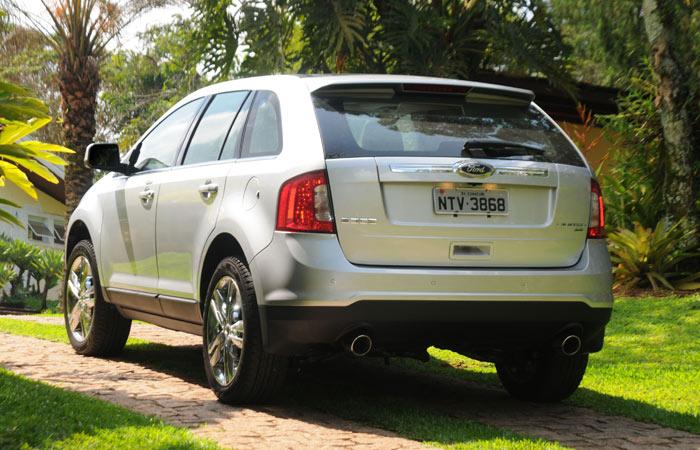 ford-edge-3-g-20111206