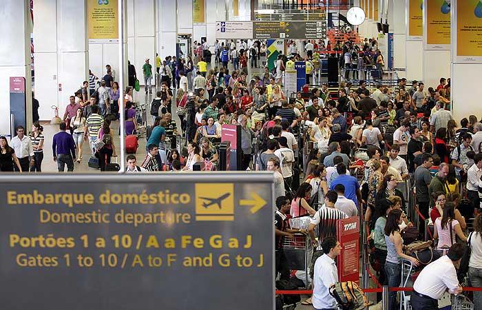 aeroporto saguão - 700 x 450