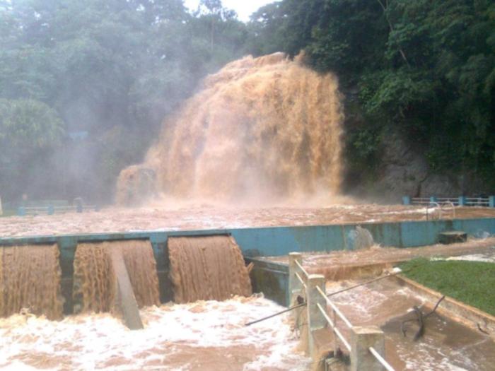 cachoeira-laje-muriaé-20120103