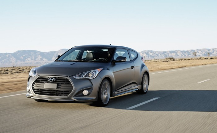 Hyundai lan&ccedil;a Veloster Turbo em Detroit - Carros - R7