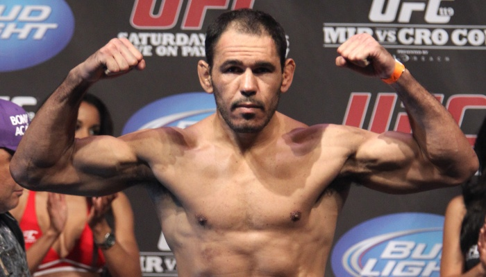 Treinador revela que UFC planeja revanche entre Minotouro e ...