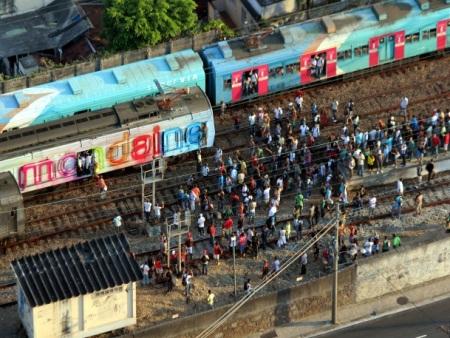 trem-pane-supervia-20120209
