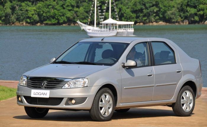 8 - Renault Logan 1.0 16V (etanol/gasolina): 8/12,1 km/l (cidade) e 8,8/13 km/l (estrada)