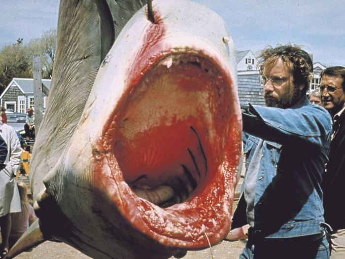 http://i2.r7.com/jaws.jpg