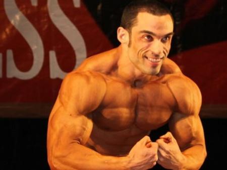 O tricampeão brasiliense de fisiculturismo Manoel de Alencar foi encontrado morto dentro do seu apartamento na Octogonal