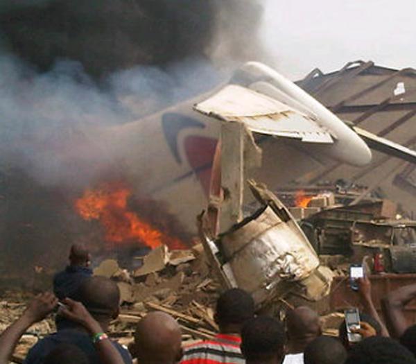 nigéria, acidente, avião, lagos, 700