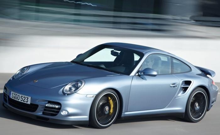Com mais de 500 cv de potência, esse impressionante esportivo da Porsche pode custar até R$ 1 milhão, dependendo da configuração desejada pelo proprietário