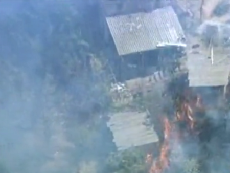 Incêndio atinge casas  em Sobradinho e 120 homens dos Bombeiros tentam conter chamas