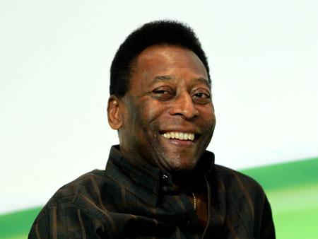 Último jogo profissional de Pelé completa 35 anos
