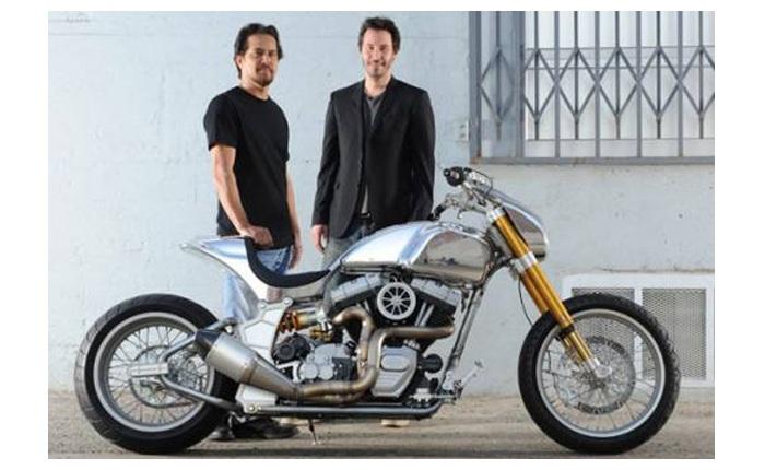 Foto De Um Dos Motociclistas Mais Famosos Hollywood O Ator