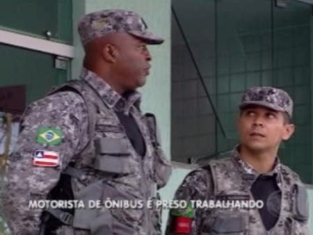 Homens da Força Nacional dizem que motorista cometeu desacato contra eles após furar barreira policial