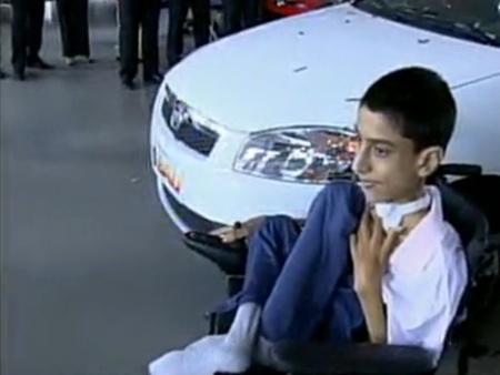 Garoto Leonardo ganha um carro no Balanço Geral DF