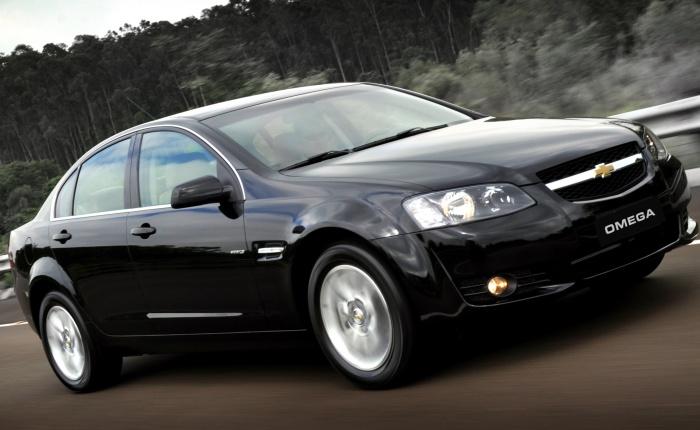 A Chevrolet retirou o Omega da gama de veículos vendidos no Brasil.O sedã já não estava maisentre os produtosà venda nosite da marca, porémestava na t...