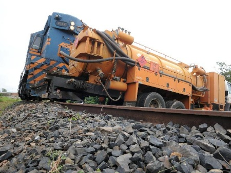 Atualmente, trilhos são usados somente para o transporte de cargas