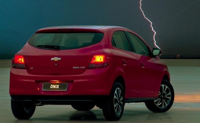 Chevrolet Onix 1.4 LT— Passou de R$ 35.290 para R$ 36.190Chevrolet Onix 1.4 LT(MyLink) — Passou de R$ 36.490 para R$ 37.490Chevrolet Onix 1.4 LT(ar-co...