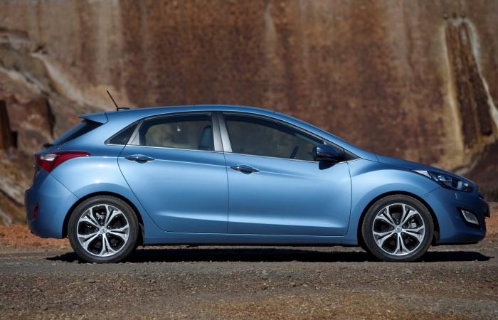 Na Europa, o novo Hyundai i30possui versão de duas portas e station wagon (perua) — essa última temchances de sercomercializada no BrasilConfira també...