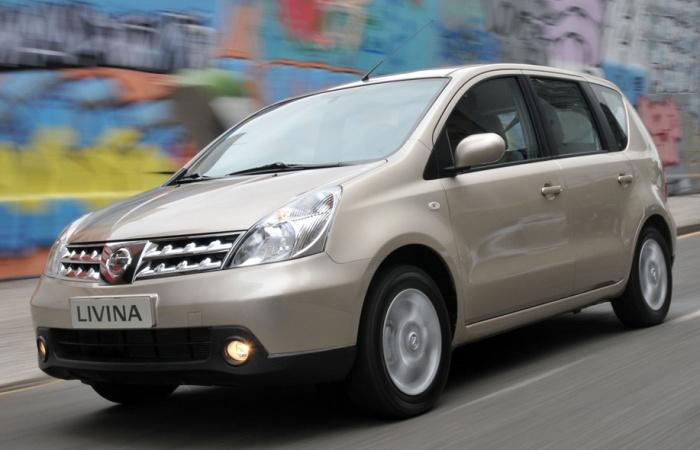 Famílias ficam mais seguras no alagamento com o Nissan Livina, com a nota mediana de três estrelasConfira também:Hyundai lança HB20X para enfrentar VW C...