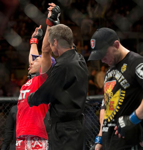 Jos&eacute; Aldo J&uacute;nior vence em noite brasileira no UFC 156 - Foto 1 ...