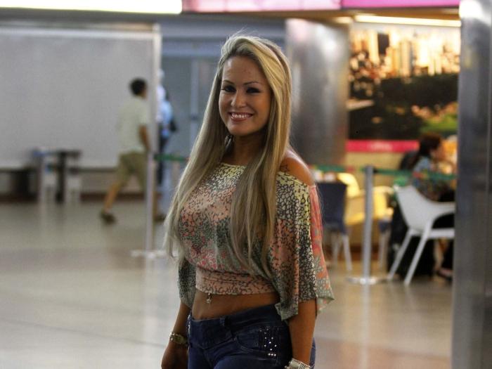 Ísis Gomes chega a São Paulo para realizar fotos nuas - Foto 1 ...