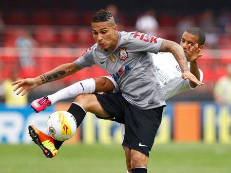 Paolo Guerrero é convocado para seleção peruana e pode desfalcar o Corinthians