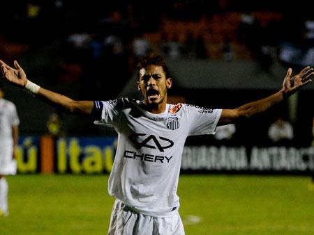 Neymar marca, mas Santos não sai do empate com o São Caetano
