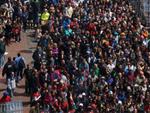 Internautas divulgam fotos para ajudar na investigação de atentado em Boston