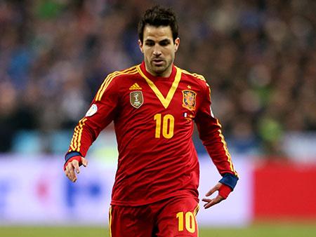 Sem encantar, Espanha faz apenas o necessário e bate Haiti por 2 a 1