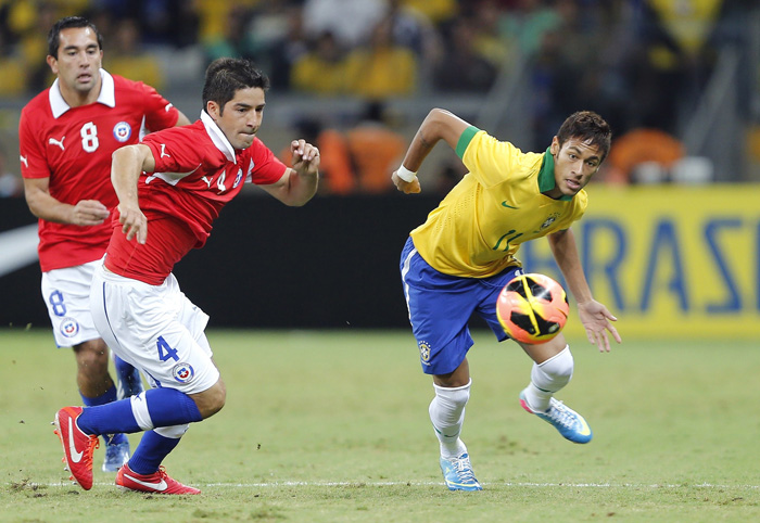 Neymar chile 700