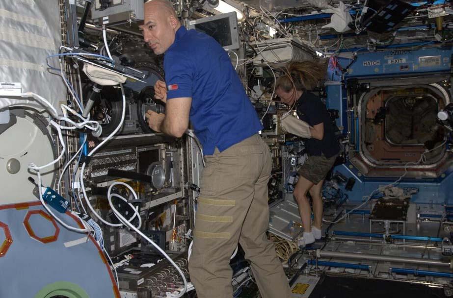 Astronauta italiano Luca Parmitano quase se afogou no espaço