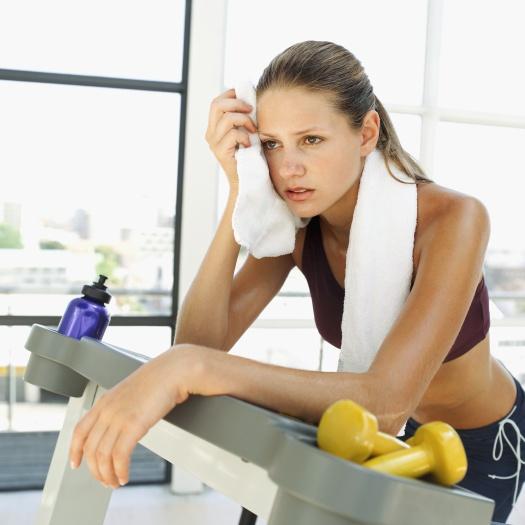 Ocorpo possui uma capacidade muito melhor para acumular gordura do que para queimá-la, portanto, não adianta abusar das calorias e correr para a academia ...